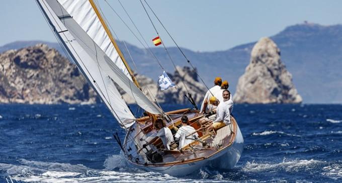 El CN Estartit organiza la 1ª edición de la regata Vela Clásica Costa Brava