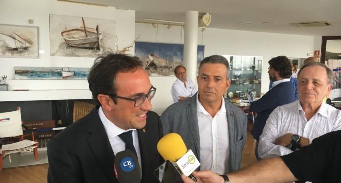 El CN Port d'Aro se reúne con el Conseller Josep Rull para desencallar la bocana