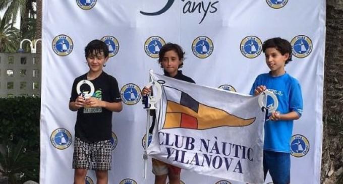 Podio del CN Vilanova en el Trofeo Costa Dorada de Óptimist G3 y G1