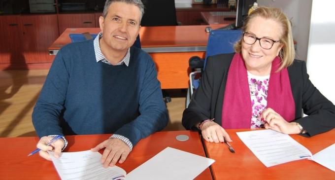 El CN Port d'Aro y la Fundación Jordi Comas firman un convenio para crear sinergias en el territorio