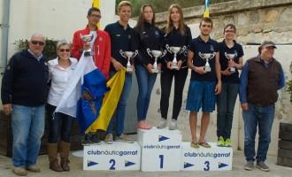 Alicia Fras y María González del CN Cambrils, nuevas campeonas de España 29er