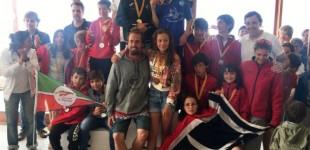 Los chicos y chicas del CN Cambrils de Optimist G2 Campeones de Cataluña por equipos