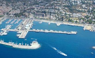 Control de fondeos de embarcaciones en Roses para proteger el ámbito marino del Parque Natural del Cabo de Creus