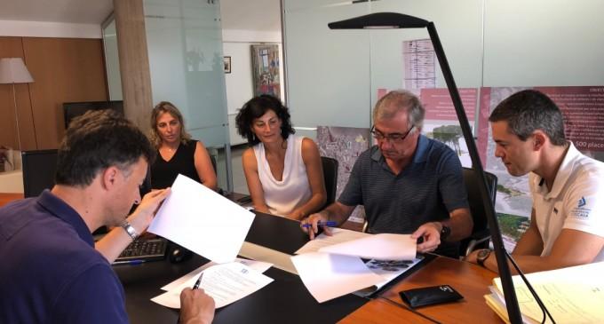El Club Nàutic l'Escala i l'Ajuntament col·laboren per promoure la població com a destinació d'esports nàutics