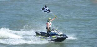 Alexandre Barret gana en El Balís el circuit europeo de motos acuáticas AquaX Pro categoria Enduro