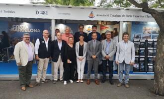 Representantes de los Puertos de la región francesa de Occitania visitan el stand de la ACPET
