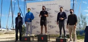 Guillem Segú (CN Salou) y Rodrigo Costa (CN El Balís) segundo y tercero de Catalunya en la Clase Foil (Windsurf)