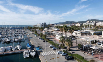 El Puerto de Mataró fija un canon de actividad variable a los locales comerciales según la facturación