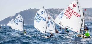 Más de 140 regatistas en la XI Mar de Empuries del Club Nàutic l'Escala